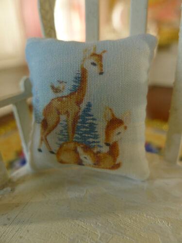 1:12 Scale Dollhouse Miniature Pillow Cute Reindeer Family