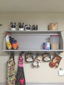 Details about Country Kitchen Wall Shelf Storage Cupboard with Shaker Pegs  46\