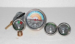 IH-Farmall-Tractor-Gauge-Set-300-350-Gas-Utility-Tachometer-Temp-Oil-Ampere-kit
