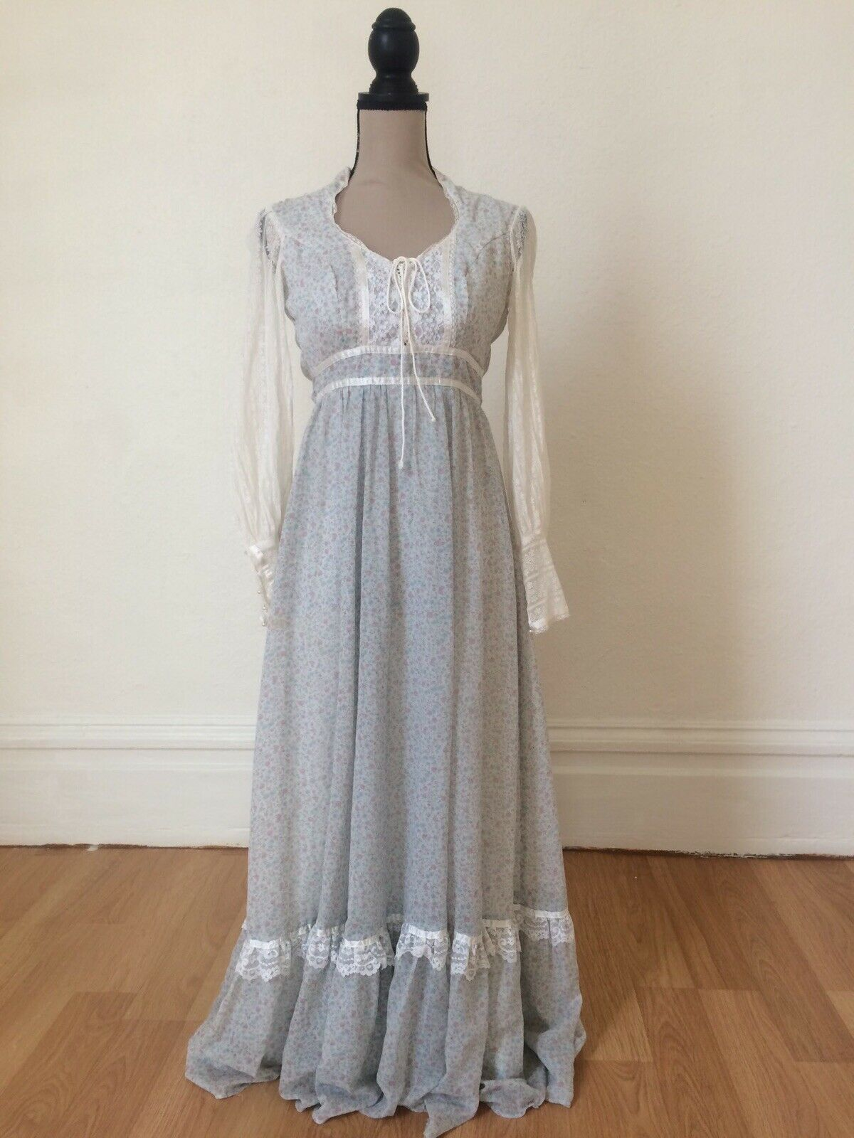 1970s Gunne Sax by Jessica Authentic Victorian Ba… - image 2