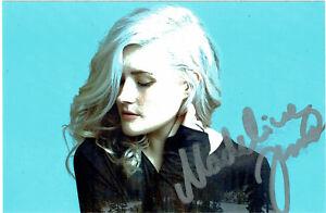 Madeline-Juno-original-signiertes-Foto-hand-signed