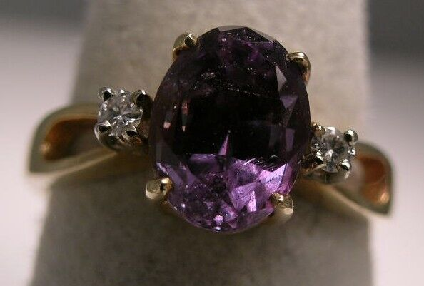 [1163] 14kt Yellow SOLID gold ring Syth Alexandrite Stone & Diamonds