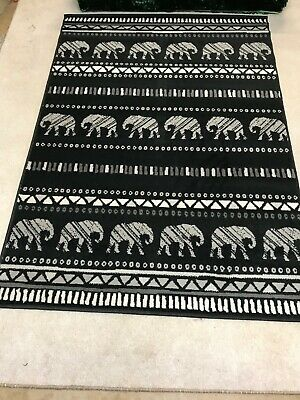 Homemade Crochet Elephant Rug with Bow: A Glimpse Into How I Made ... | 400x300