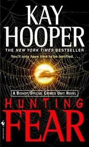 Hunting-Fear-by-Kay-Hooper-paperback