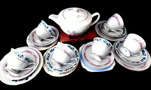 Molly-Pretty-19-Piece-Vintage-Shabby-Chic-Floral-Mismatch-China-Tea-Set