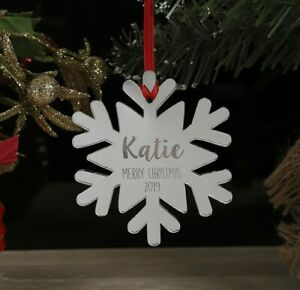 Personalised-Snowflake-Christmas-Tree-Decoration-Xmas-Bauble-Ornament-Name-Gift