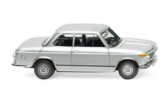 #018306 - Wiking BMW 2002 - silber-metallic - 1:87