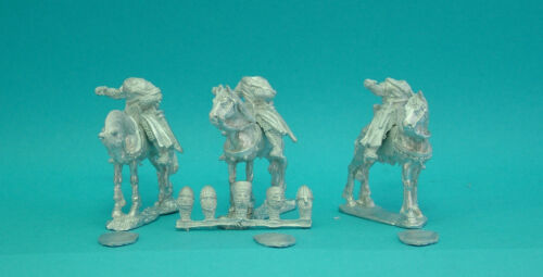 28mm Curteys 6 x C12th Medieval Crusades Knights 19 lion Rampant Saga unpainte