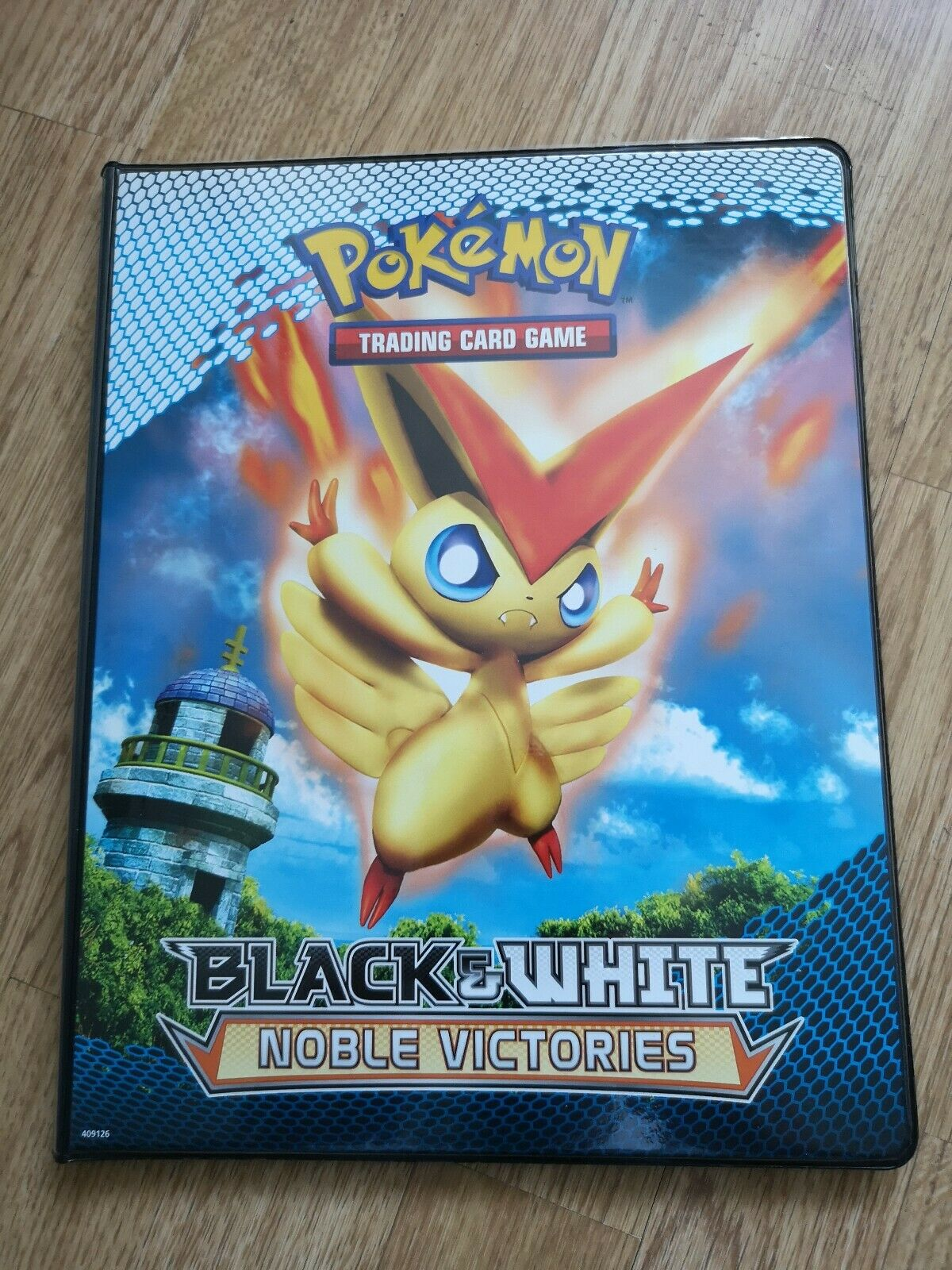 Pokemon TCG - BW Noble Noble Noble Victories Collection And UltraPro Binder (92 102 Cards) 4b042e