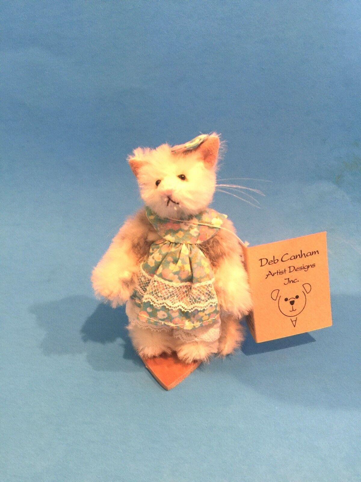 DEB CANHAM  PRUE  MINIATURE Weiß MOHAIR CAT WITH FLORAL DRESS- 3