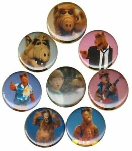 Alf-set-of-8-Buttons-Pins-Badges-1980s-1986-TV-show-Cat-Eating-Alien-from-Melmac