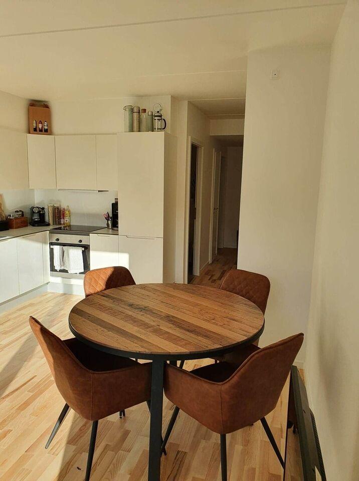 Spisebord, Genbrugstræ, b: 120 l: 120