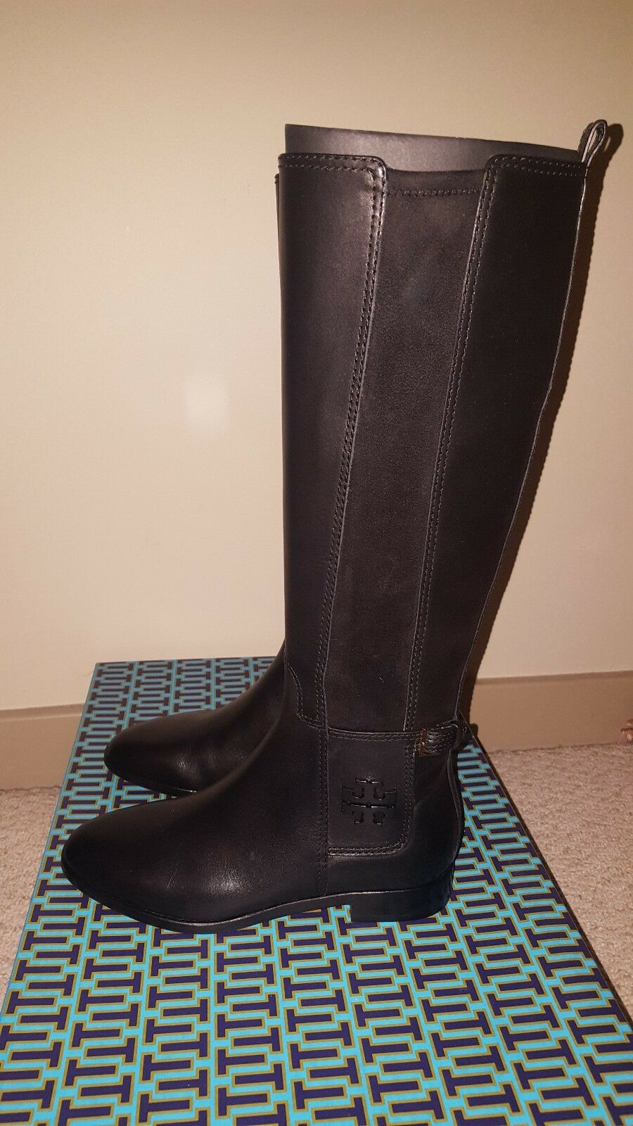 NEW WITH BOX Tory Burch Wyatt Boots in Black Size 6 FREE SHIPPING