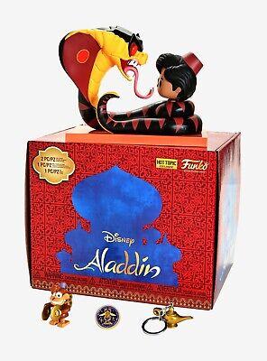 Figura in vinile Disney Dumbo Scatola di mistero ed esclusiva Hot Topic Funko POP