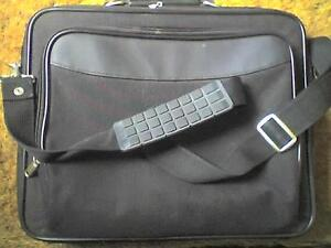 LAPTOP UP TO 16034 x 11034 CASE   NOTEBOOK  CASE WITH ACCESSORY COMPARTMENTS  USED - <span itemprop='availableAtOrFrom'>Waterlooville, United Kingdom</span> - LAPTOP UP TO 16034 x 11034 CASE   NOTEBOOK  CASE WITH ACCESSORY COMPARTMENTS  USED - Waterlooville, United Kingdom