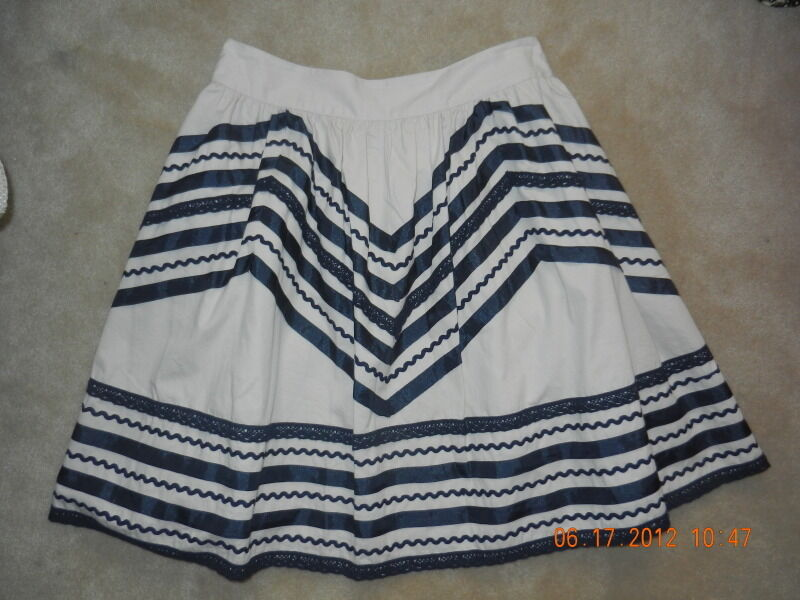 New ANTHROPOLOGIE - GIRLS FROM SAVOY Lace + Ribbons Mexican Skirt 12 L bluee