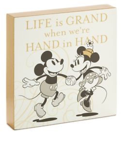 Hallmark-Disney-Mickey-and-Minnie-Love-Hand-in-hand-Wood-Quote-Sign-New