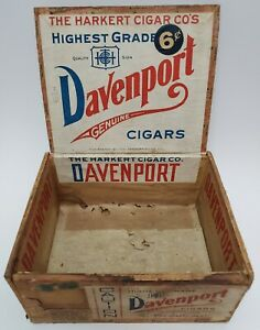 Vintage-Davenport-Genuine-Cigars-Wood-Box-Iowa-6-Cent-Harkert-HTF-Collectible