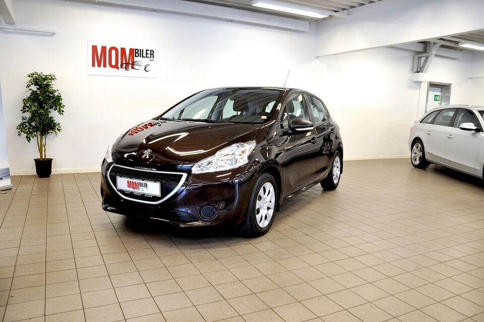Peugeot 208 1,0 VTi Access Benzin modelår 2013 km 111000