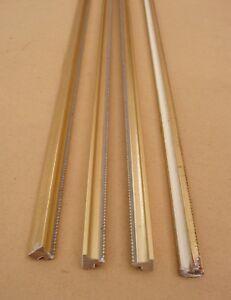 Lot-de-4-anciennes-baguettes-en-bois-dore-des-annees-1960-longueur-79-cm