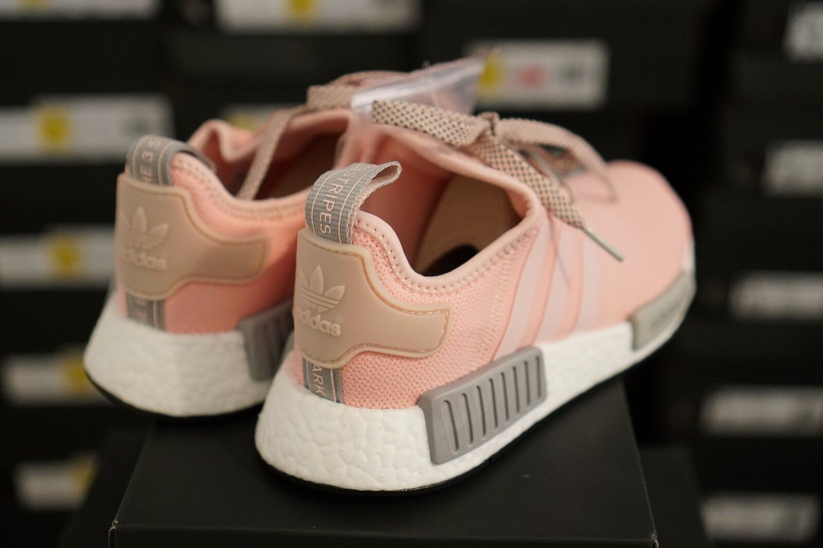 d4f5a76f4 adidas NMD R1 By3059 Womens Vapor Pink Grey Onyx Boost Limited for ...