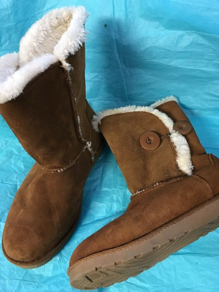 So Boots Size 7 Med Brown