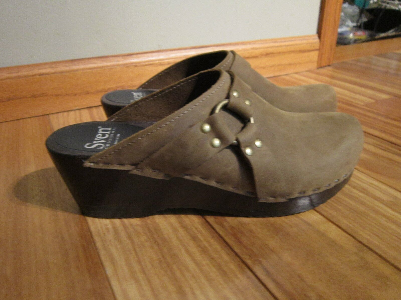 Sven Swedish Clogs Slip On Shoes Leather Suede SZ 40 (US 8 ) #SHOE10