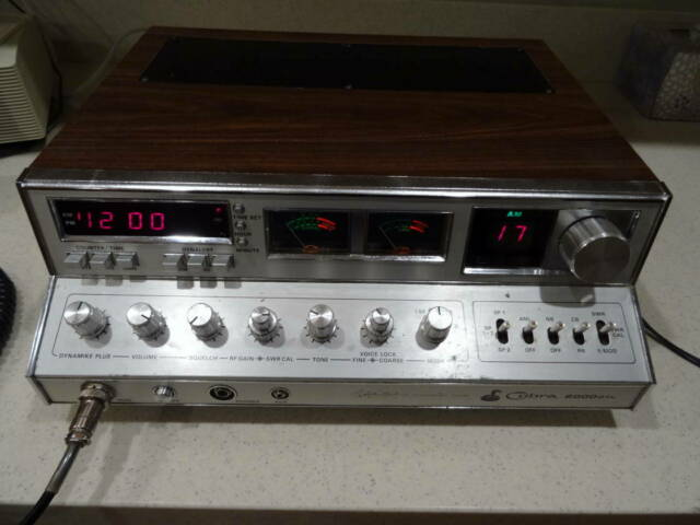 Cobra 2000GTL 40 Channel CB Radio Base Station With