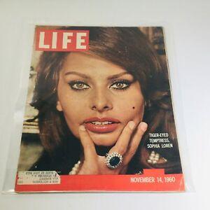 VTG Life Magazine: Nov 14 1960 - Tiger-Eyed Temptress: Sophia Loren