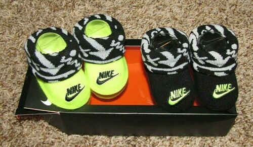 Nike Booties Infant Baby Boys Girls 0-6 Months Bodysuit//Hat Set