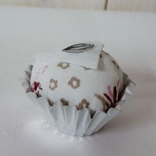 Cupcake Praline Muffin Landhaus Tischdeko passt zu Tilda
