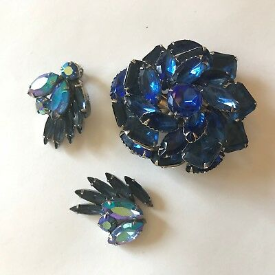 Beautiful vintage tricolored Weiss brooch and clip on earrings set circa 1960\u2019s