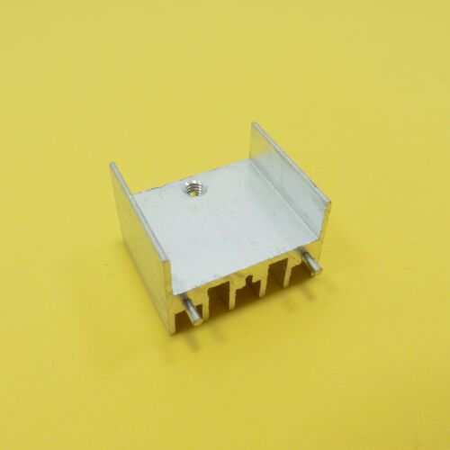 TO-220 Aluminio disipadores térmicos con agujero del disipador de calor diferentes tamaños Radiador De Plata
