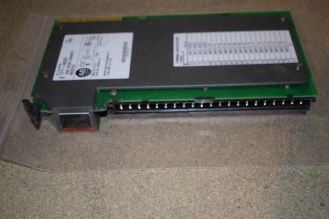 <VG> ALLEN BRADLEY 1771-IAD/D 120-V AC/DC INPUT MODULE (AB37)