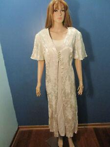 plus-size-20W-beige-floral-faux-two-piece-dress-by-OLIVIA-ROSE