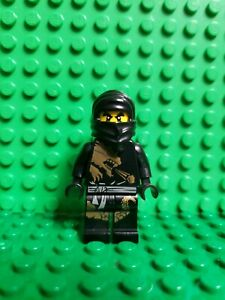 LEGO NINJAGO BLACK COLE ZX MINIFIG WITH 2 GOLDEN WEAPONS MINIFIGURE