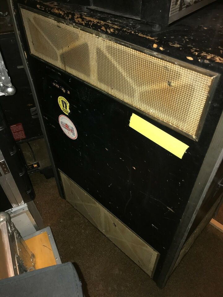 Hammondorgel, LESLIE 760