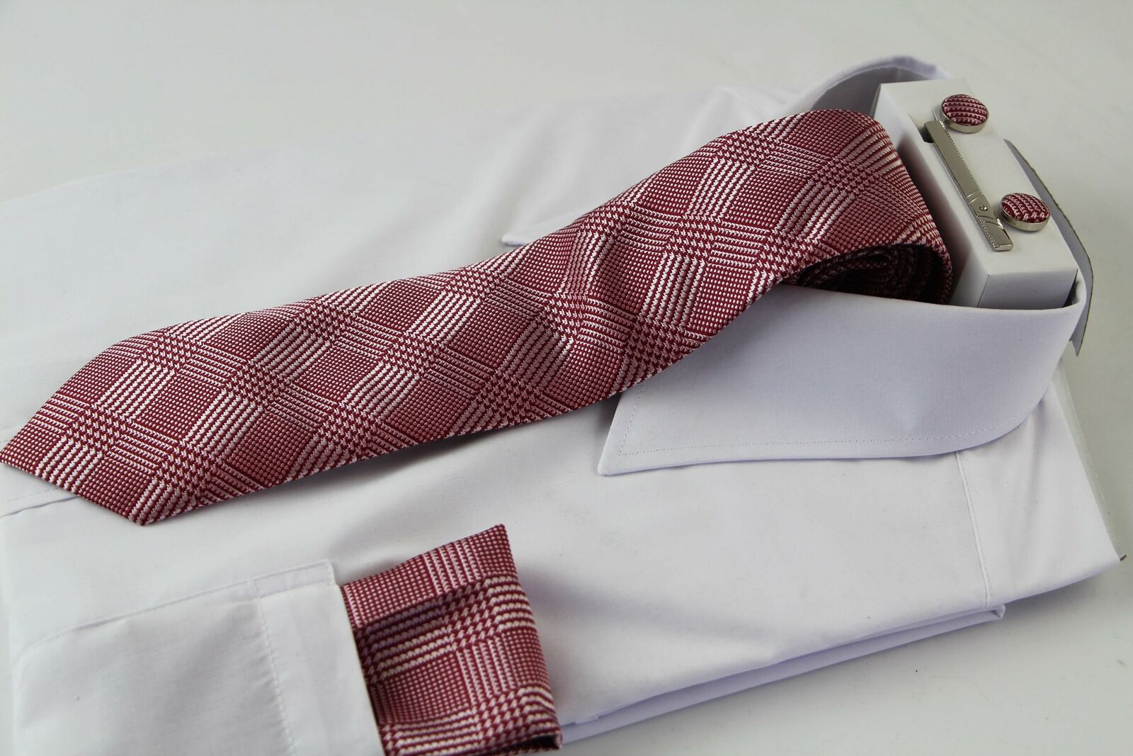 Mens Red And White Houndstooth Checkered Matching Neck Tie, Pocket Square, Cuff