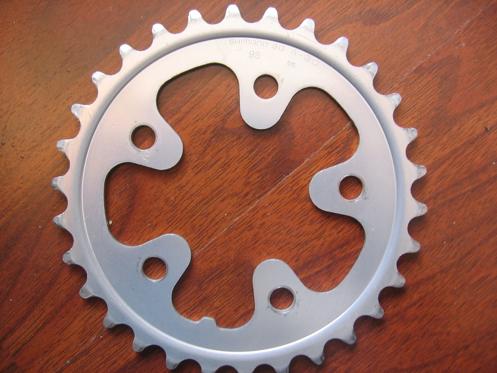 SHIMANO SG A30 9 SPEED 30T TOOTH NON RAMPED CHAIN RING 5 BOLT 70 BCD