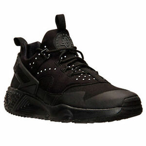 Men s Nike Air Huarache Utility Triple Blk Reflect Running Shoes ... 02e2cc3bf