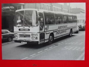 PHOTO  NATIONAL TRAVEL LEYLAND PSU5D5R 612 REG NMV 612W AT LEICESTER GRAVEL ST - Tadley, United Kingdom - PHOTO  NATIONAL TRAVEL LEYLAND PSU5D5R 612 REG NMV 612W AT LEICESTER GRAVEL ST - Tadley, United Kingdom
