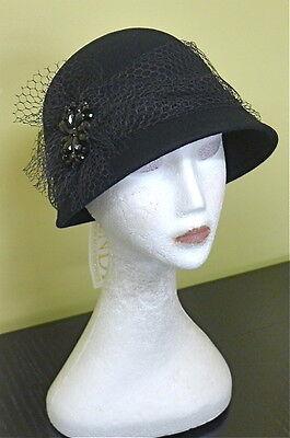 Ladies Vintage L@@K Black Felt 57 Formal Racing Wedding Winter Cloche Derby Hat