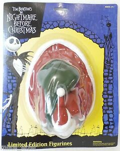 Nightmare-Before-Christmas-Santa-Claus-Limited-Edition-Neca-2002-New-on-Card
