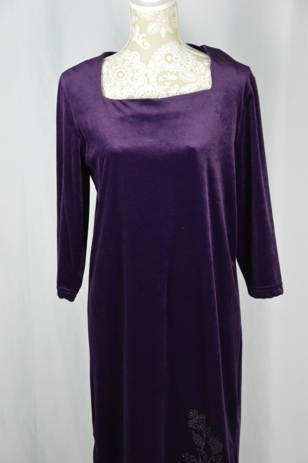 Style Studio Womens Medium Purple Velour Long Sleeve Long Modest Dress BEADED