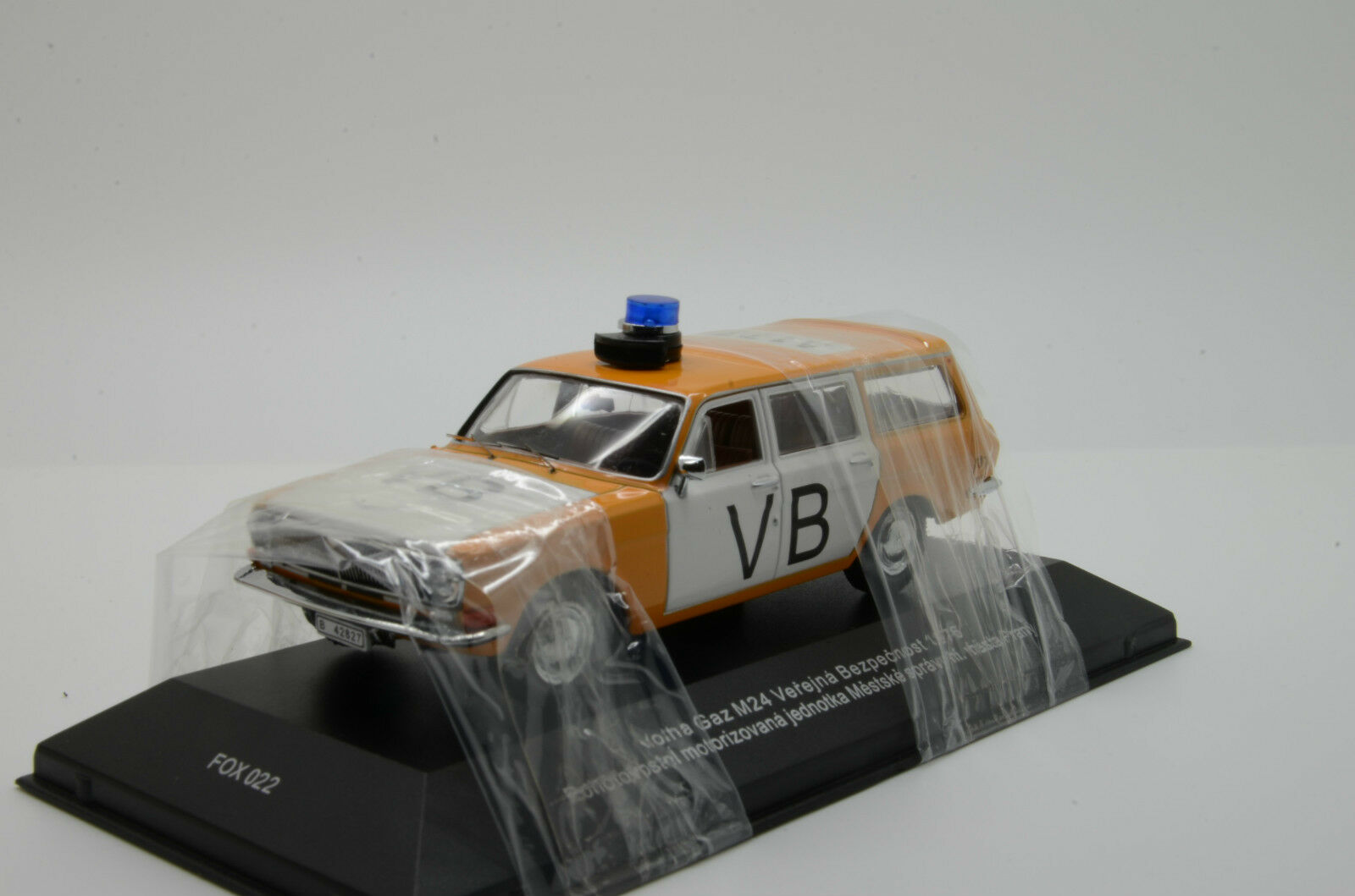 rara Volga Gaz M2402 vb policía 2018 ist foxtoys IXO 1/43 Fox 022 Lim 999 un.