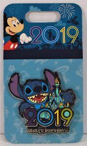 Walt-Disney-Parks-Exclusive-2019-Stitch-amp-Castle-3-D-Pin-BRAND-NEW-CUTE