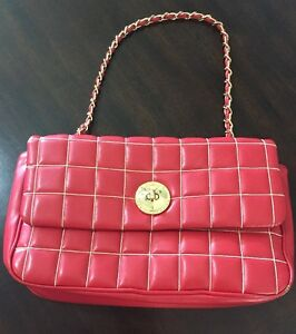 Image is loading Vintage-Love-Moschino-Red-Quilted-Leather-Handbag-Purse- ccdc7eb255d82