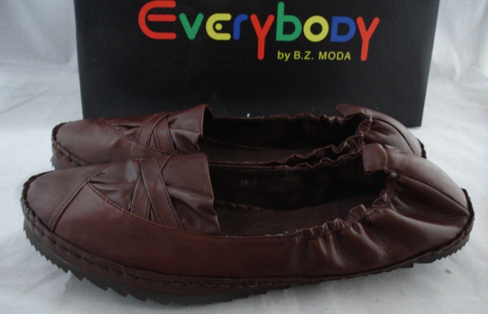 EVERYBODY BY B.Z. MODA  Bralto  marron Leather Flats femmes Sz 38.5 US 7.5  129