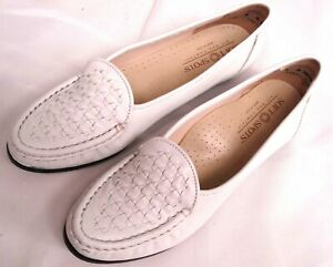 SOFT SPOTS WHITE LEATHER PENNY LOAFER STYLE FLAT WOMENS ...