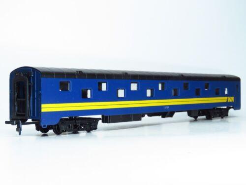HO Rivarossi VIA RAIL CANADA Streamlined Duplex Sleeper Passenger Car 5727